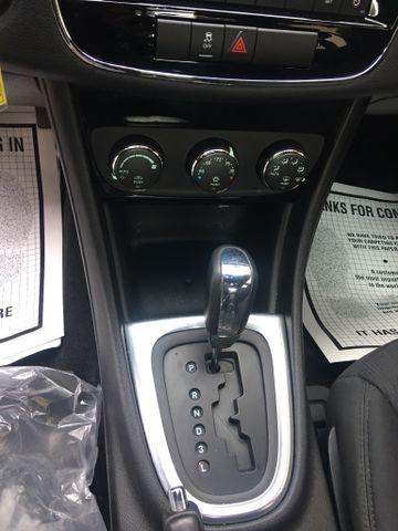 Chrysler 200 2013 price $6,950