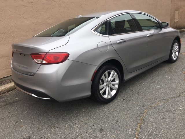 Chrysler 200 2015 price $9,450