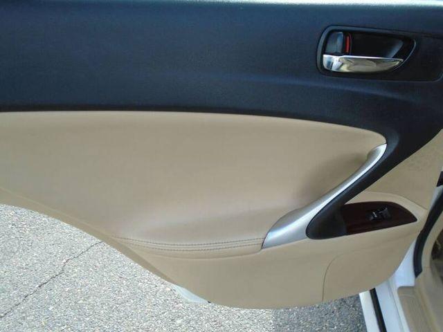 Lexus IS 2007 price $9,950