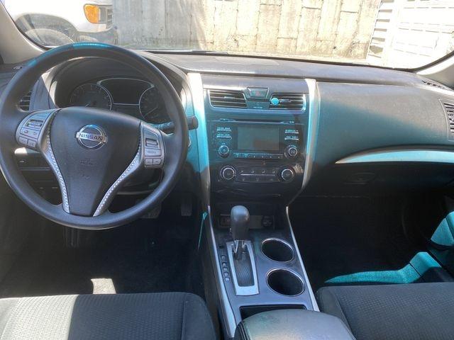 Nissan Altima 2015 price $10,950