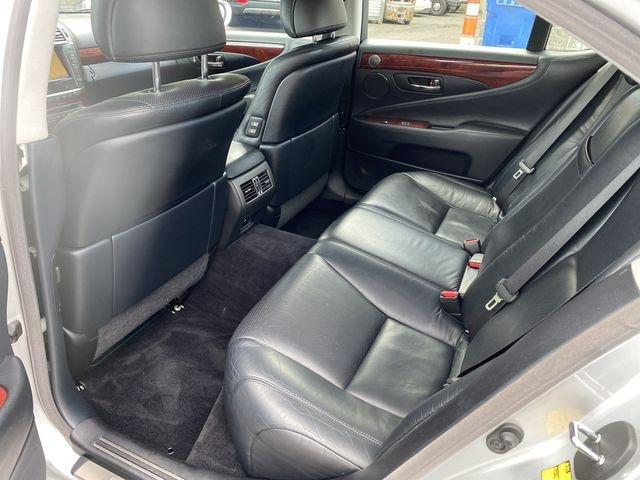 Lexus LS 2010 price $15,950