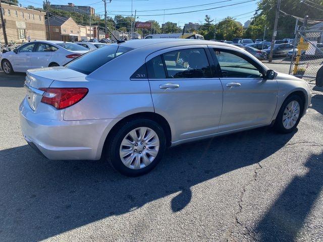 Chrysler 200 2012 price $6,950