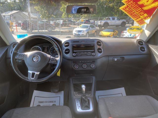 Volkswagen Tiguan 2014 price $10,950