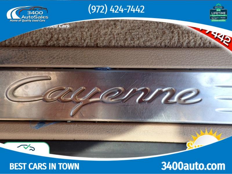 Porsche Cayenne 2016 price $32,339