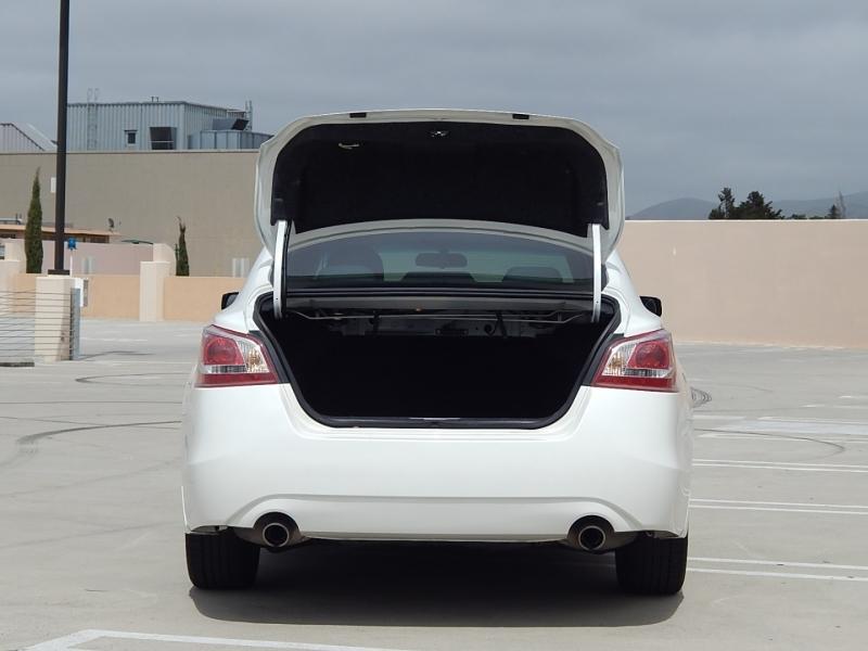 Nissan Altima 2013 price $11,950