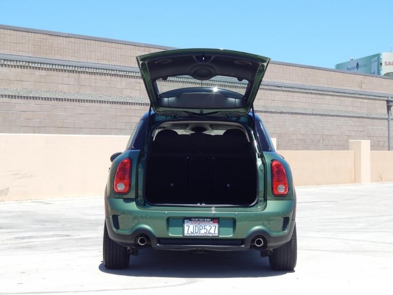 Mini Cooper Countryman 2015 price $12,995