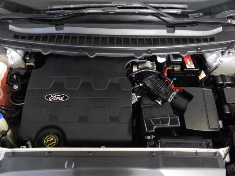 Ford Edge 2015 price $15,150