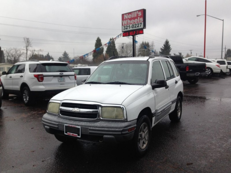 CHEVROLET TRACKER 2004 price Call for Pricing.
