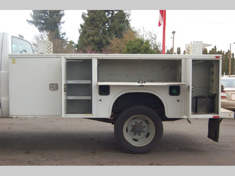 FORD F550 2004 price $9,000
