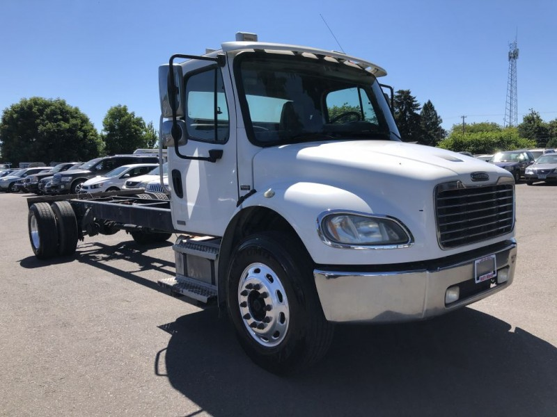 FREIGHTLINER BUSINESS CLASS 2006 price $10,000