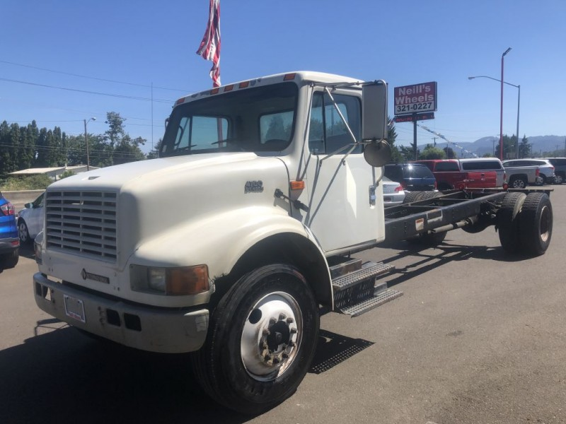 INTERNATIONAL 4000 2001 price $7,995