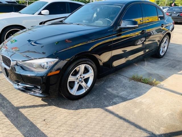 BMW 3-Series 2013 price $11,900