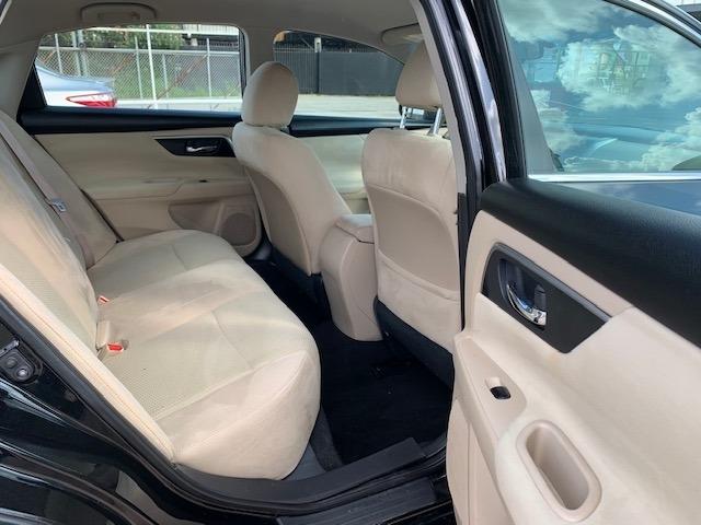 Nissan Altima 2015 price $8,900