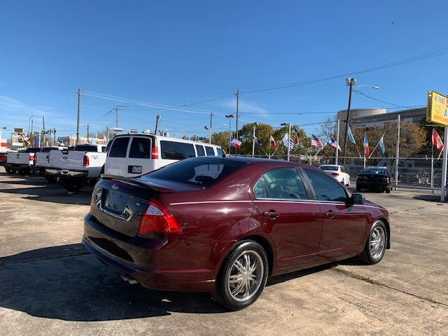 Ford Fusion 2011 price $4,200