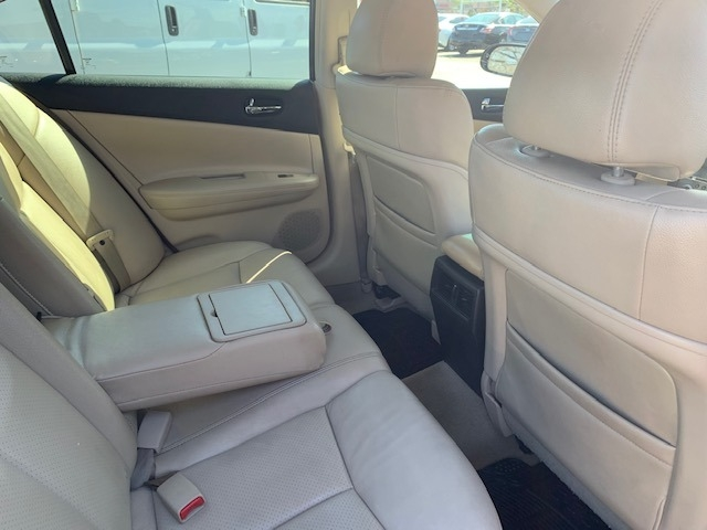 Nissan Maxima 2013 price $5,999