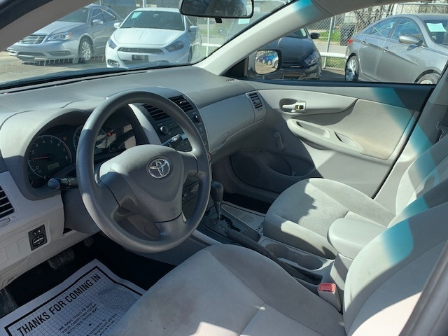 Toyota Corolla 2009 price $4,200