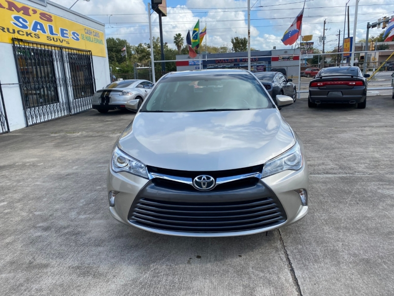 Toyota Camry 2016 price $10,490