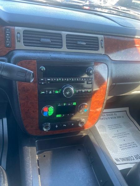 Chevrolet Tahoe 2011 price $6,990