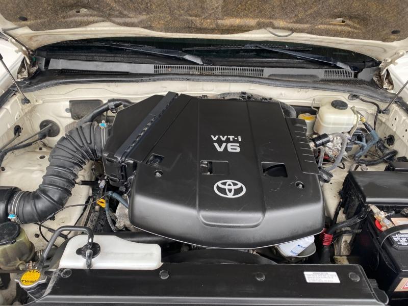 Toyota  2009 price $13,990