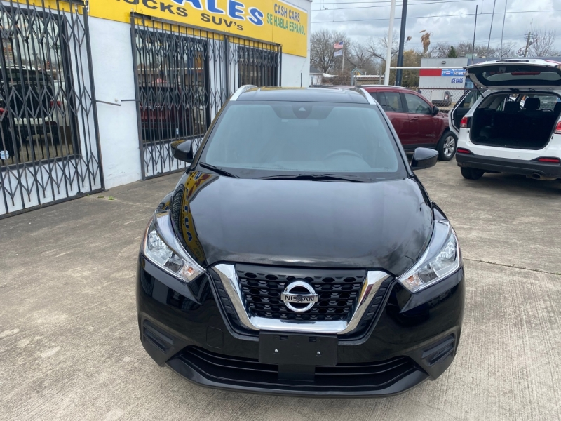 Nissan Kicks 2020 price $17,999