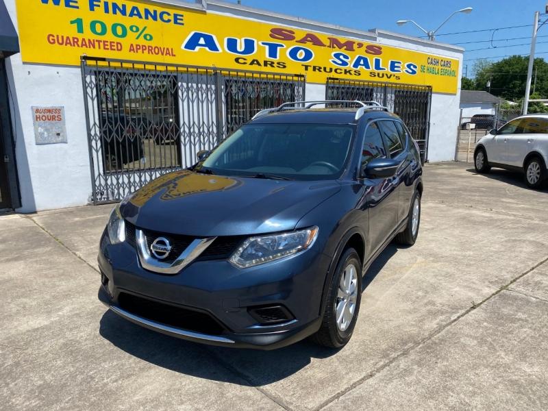 Nissan Rogue 2015 price $9,990