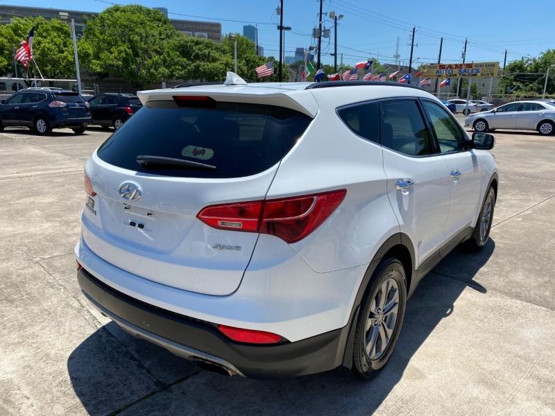 Hyundai Santa Fe Sport 2016 price $11,500