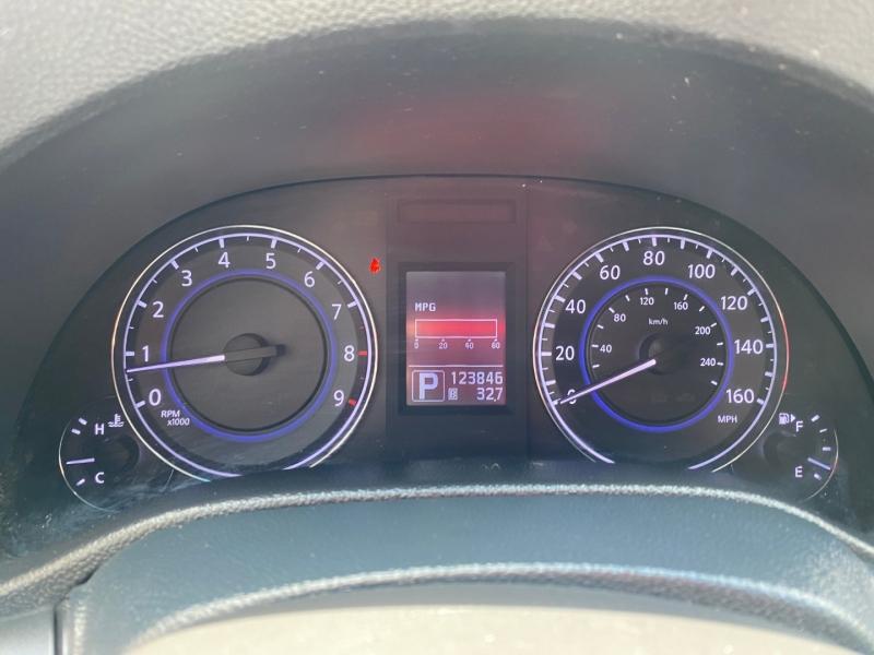 Infiniti G25 Sedan 2012 price $7,999