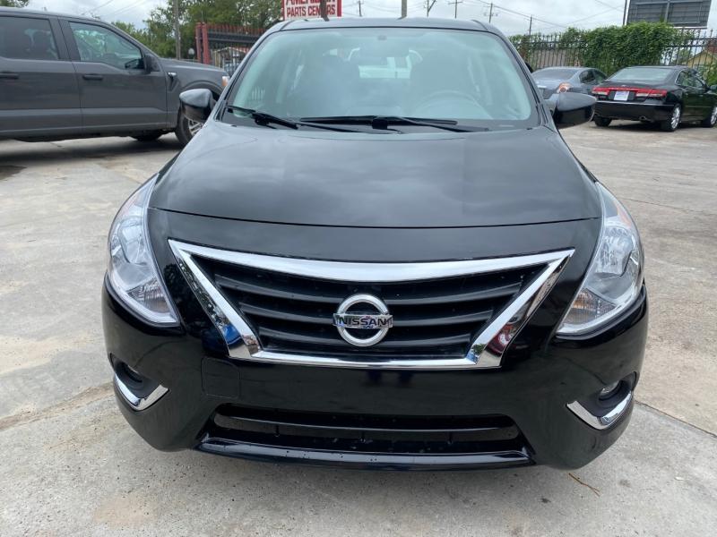 Nissan Versa Sedan 2018 price $9,900