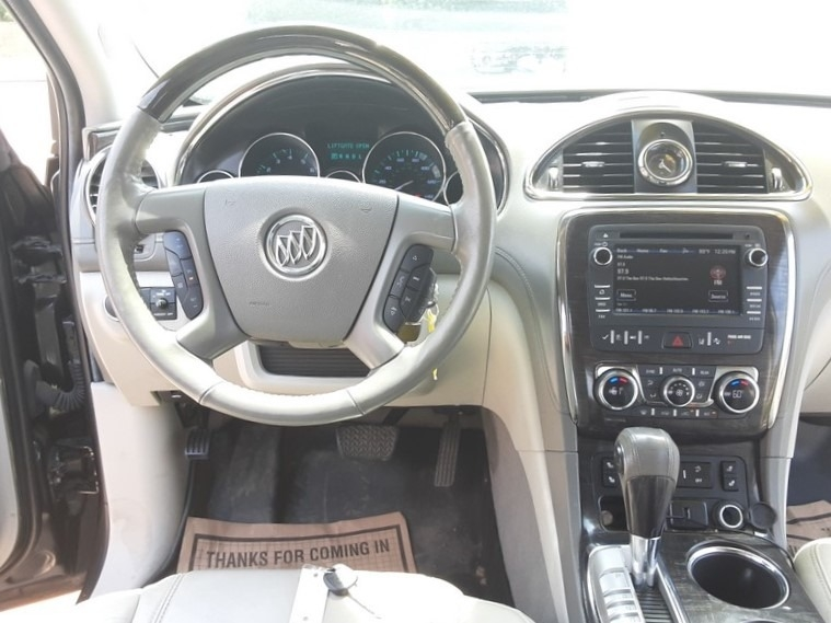 Buick Enclave 2016 price $14,995