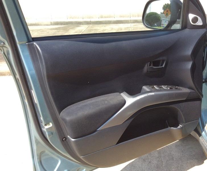 Mitsubishi Outlander 2007 price $4,495
