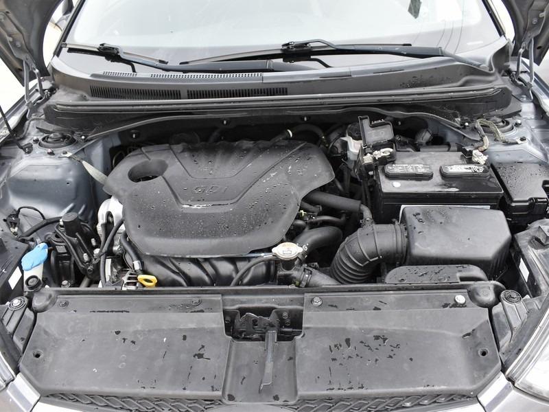 Hyundai Veloster 2013 price $6,745