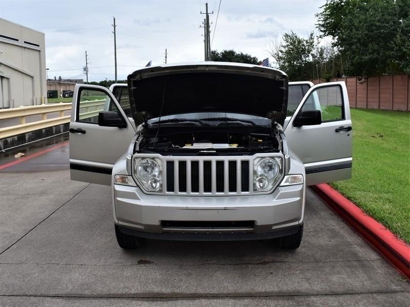 Jeep Liberty 2008 price $7,495