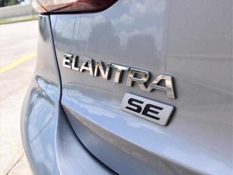 Hyundai Elantra 2017 price $11,495