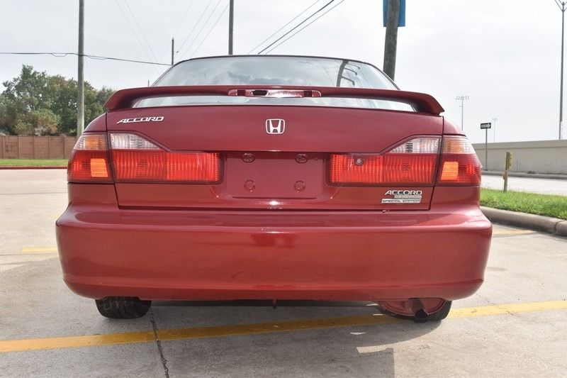 Honda Accord Sdn 2000 price $1,995