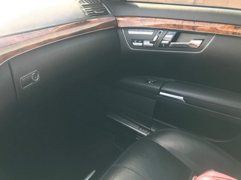Mercedes-Benz S-Class 2009 price $9,800
