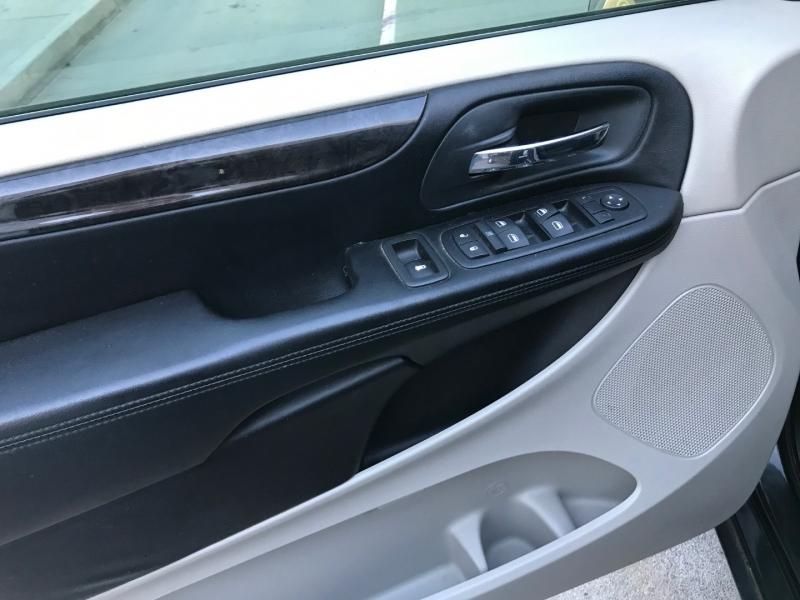 Dodge Grand Caravan 2012 price $6,500