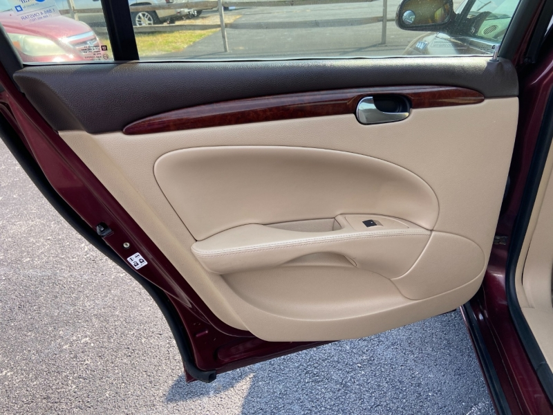 Buick Lucerne 2007 price $7,099