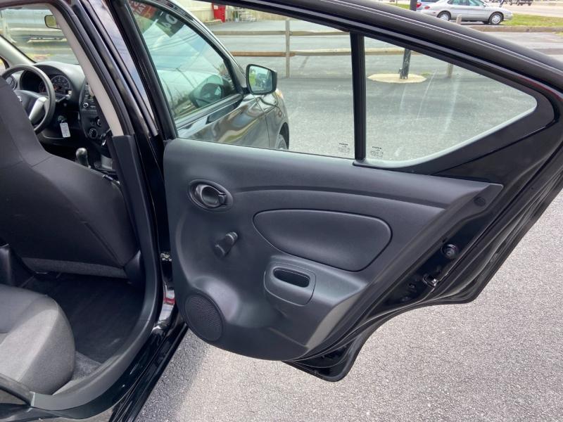 Nissan Versa 2017 price $8,899