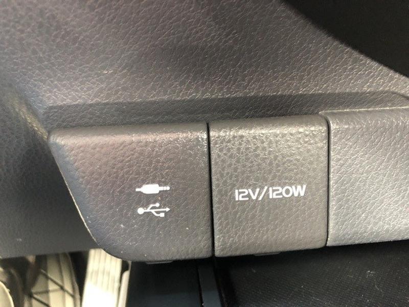 Toyota Camry 2018 price $17,020
