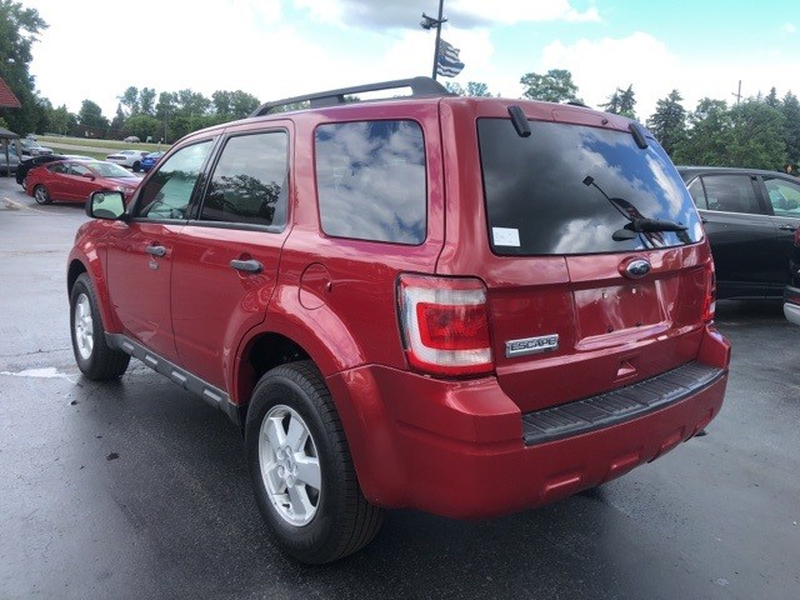 Ford Escape 2011 price $8,688