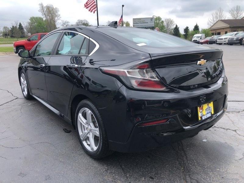 Chevrolet Volt 2017 price $15,997