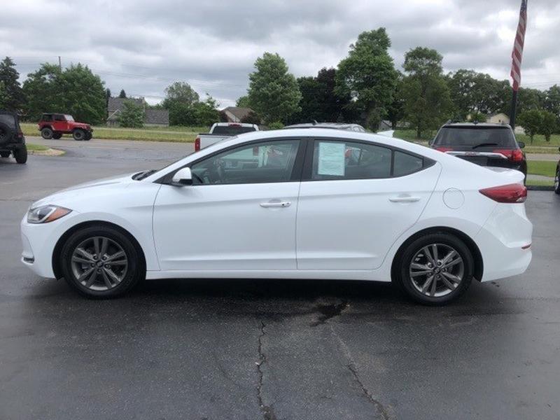 Hyundai Elantra 2017 price $14,997