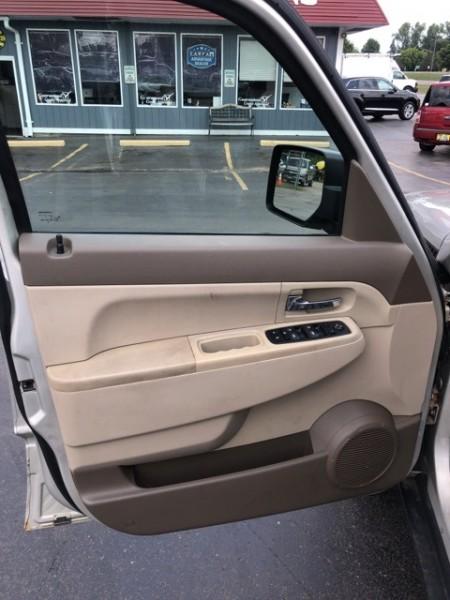 Jeep Liberty 2009 price $6,988