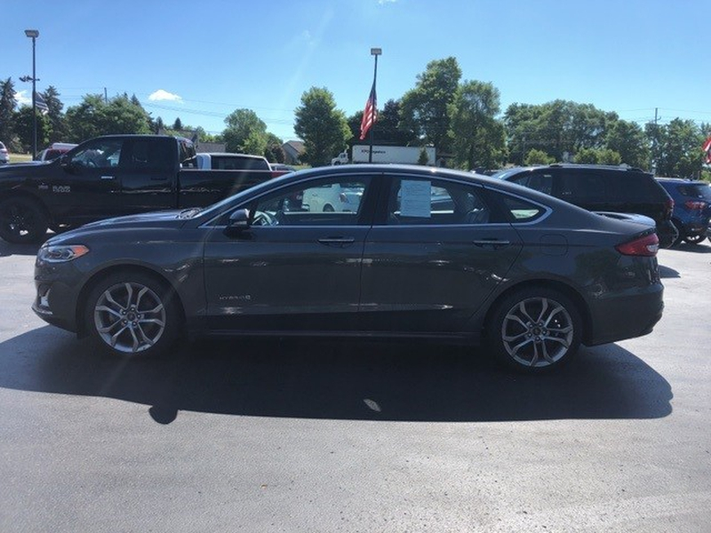 Ford Fusion Hybrid 2019 price $19,998