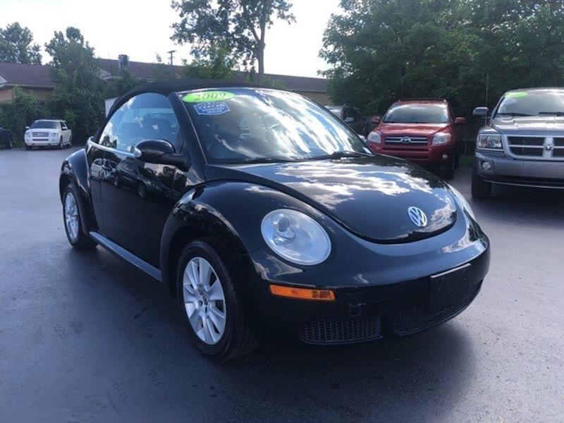 Volkswagen Beetle 2009 price $9,800