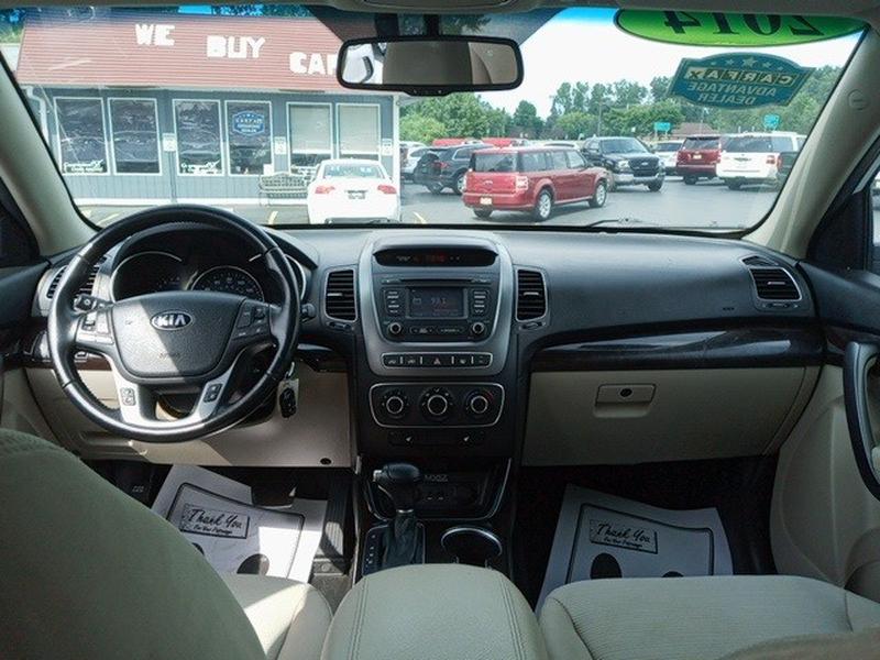 Kia Sorento 2014 price $11,419