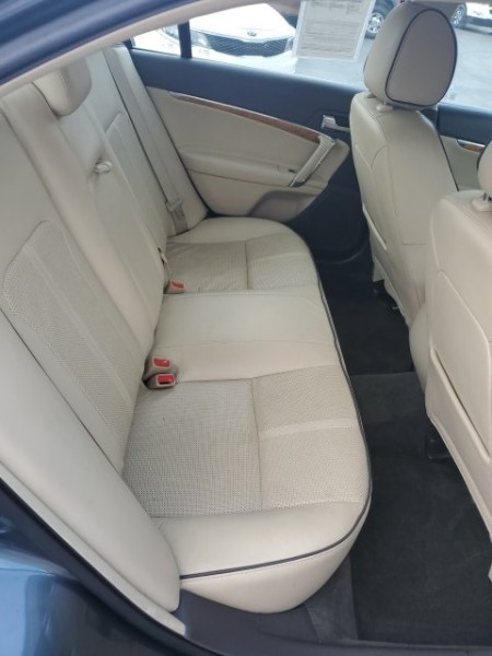 Lincoln MKZ 2012 price $11,498