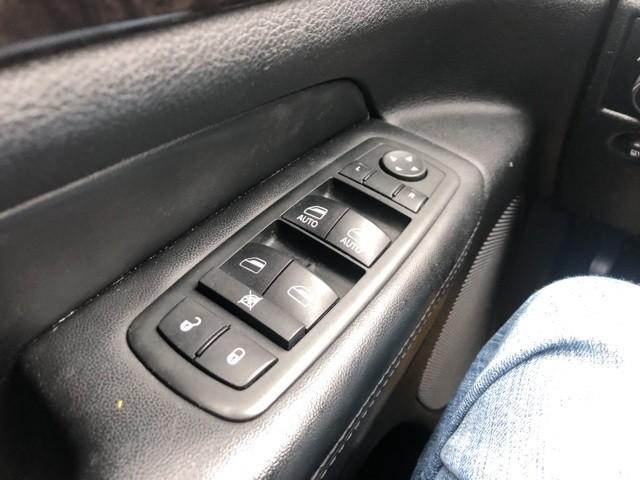 Jeep Grand Cherokee 2012 price $14,443