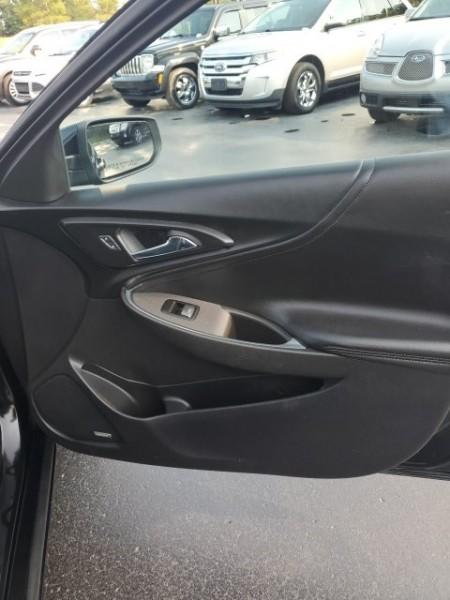 Chevrolet Malibu 2017 price $17,488