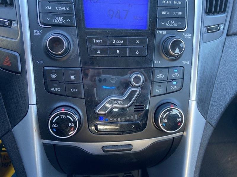 Hyundai Sonata 2011 price $8,495